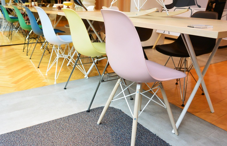 New eames chairs hermanmiller 001
