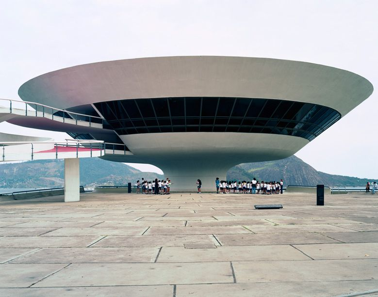 oscar-niemeyer-the-man-who-built-brasilia_003
