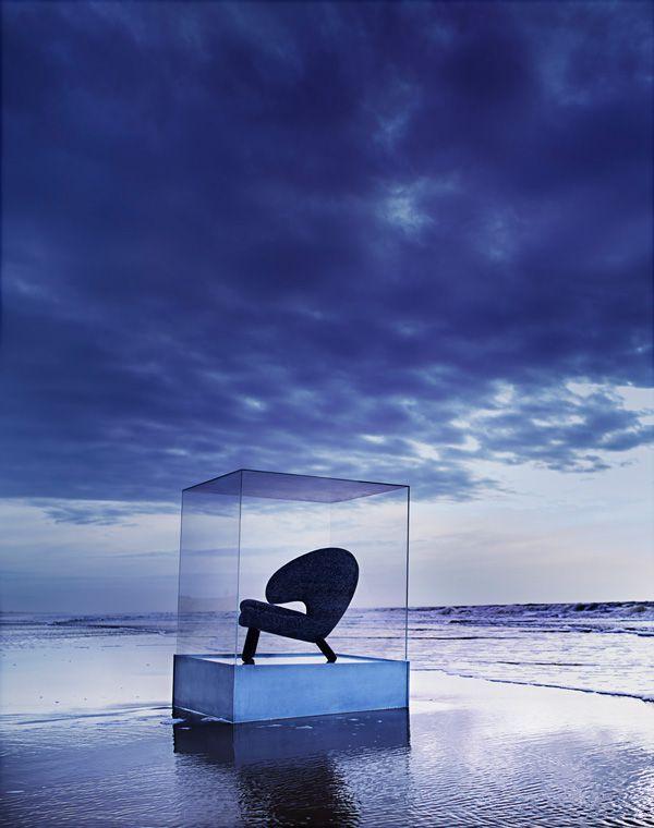 pelican-chair-75years-anniversary_01