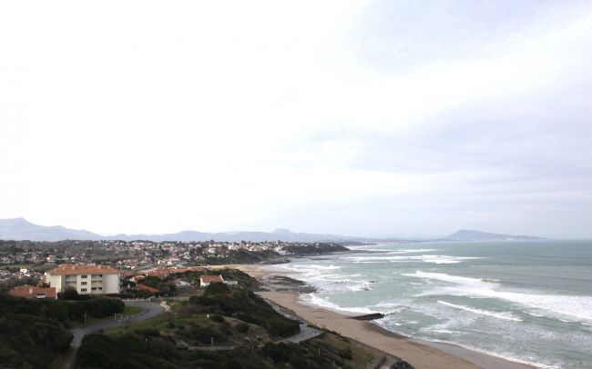 found-muji-basque_01