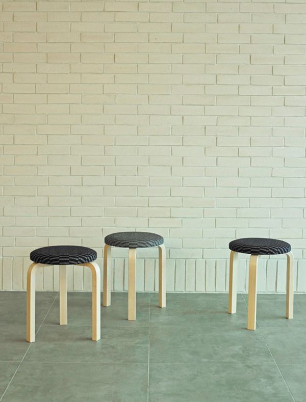 artek-stool60-eleanor-pitchard-actus_02
