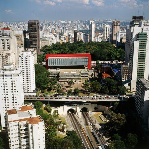 ブラジルが最も愛した建築家「リナ・ボ・バルディ展」、日本初の大規模展が開催中