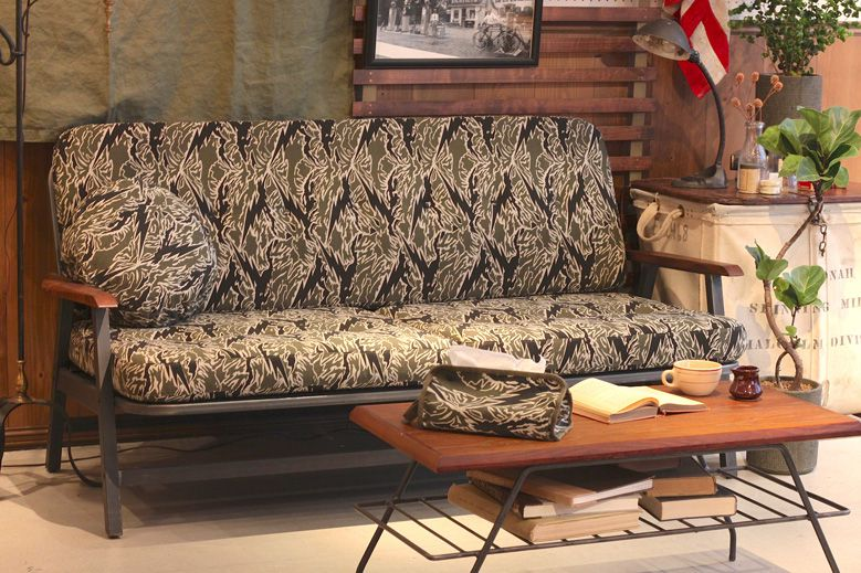 roughandrugged-acmefurniture_003