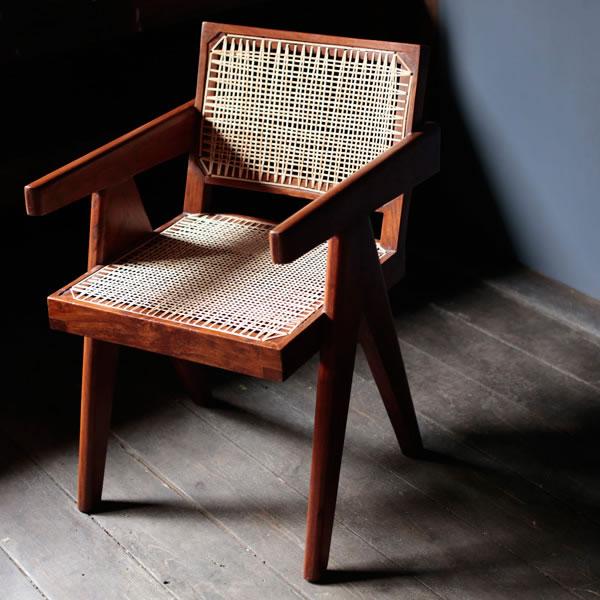 pierrejeanneret-chairsforchandigarh_001