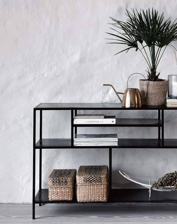 conran-filled-with-baskets_005