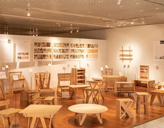 機能美あふれる杉家具を紹介