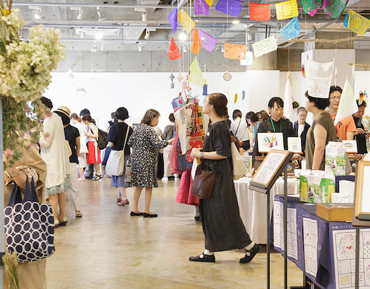 刺繍と服、「布博 in 東京 vol.13」テーマを変えて2週連続開催