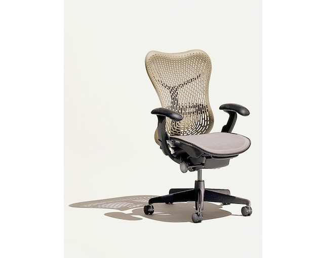 Herman Miller Mirra Chairのメイン写真