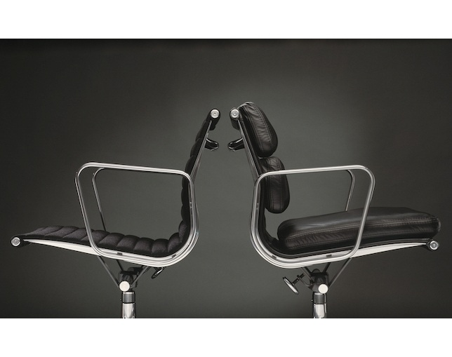 Herman Miller Eames Soft Pad Group Management Chair グライズのメイン写真