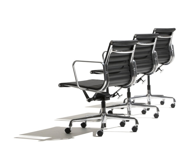 Herman Miller Eames Aluminum Group Management Chair キャスターのメイン写真
