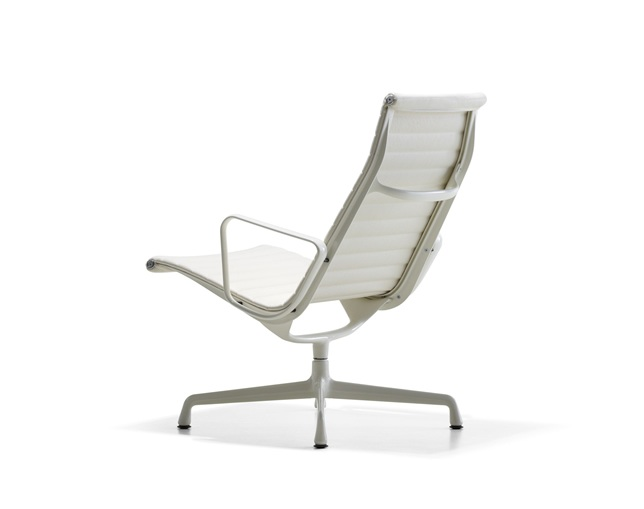 Herman Miller Eames Aluminum Group Lounge Chair チルト機構なしの写真