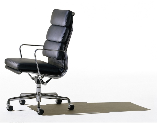 Herman Miller Eames Soft Pad Group Executive Chairのメイン写真