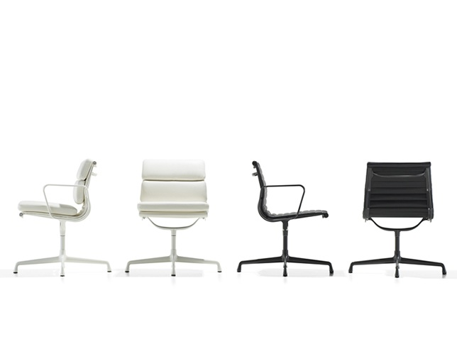 Herman Miller Eames Soft Pad Group Side Chair 4本脚タイプの写真