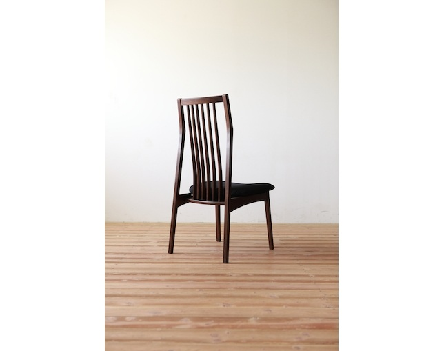 MARUSHO MORBIDO Side Chairのメイン写真