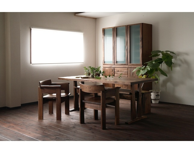 MARUSHO MONDO Dining Tableのメイン写真