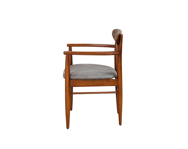 ACME FURNITURE TRESTLES ARM CHAIRのメイン写真
