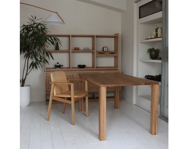 karf Trunk Dining Table (幕板無し) / Oakの写真