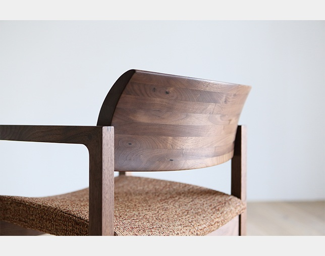 HIRASHIMA BISCOTTE Arm Chairの写真
