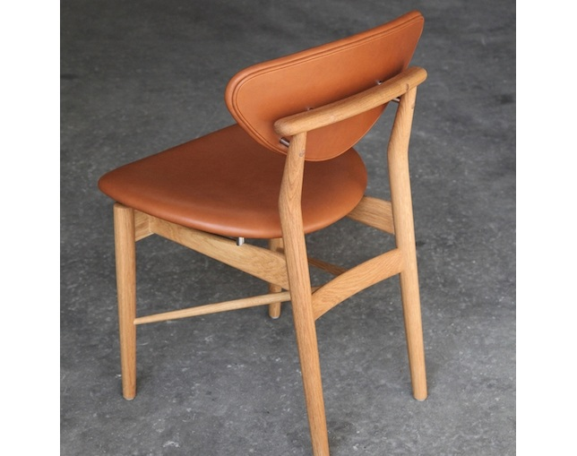 Onecollection 108 Chairの写真