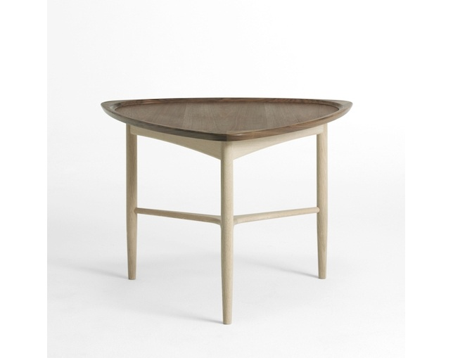 Danish Interiors Strit Tableの写真