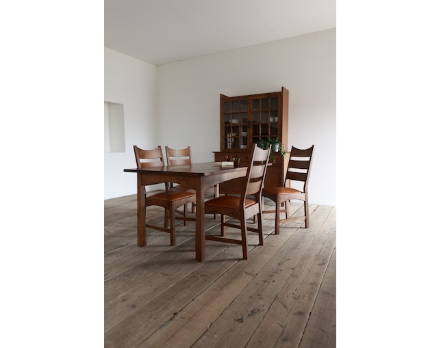 SUNKOH CHRISTIE Dining Table 154のメイン写真
