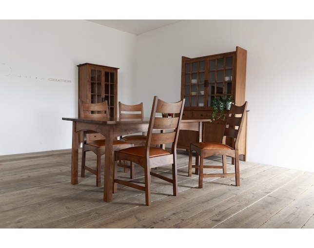 SUNKOH CHRISTIE Dining Table 154の写真