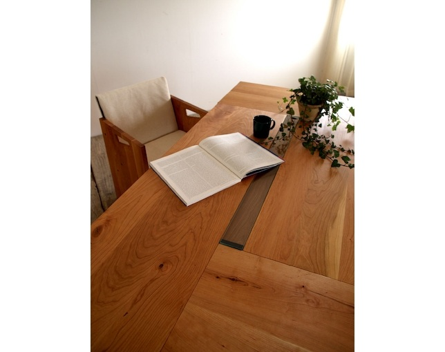 SUNKOH COMPOS Dining Table 155の写真