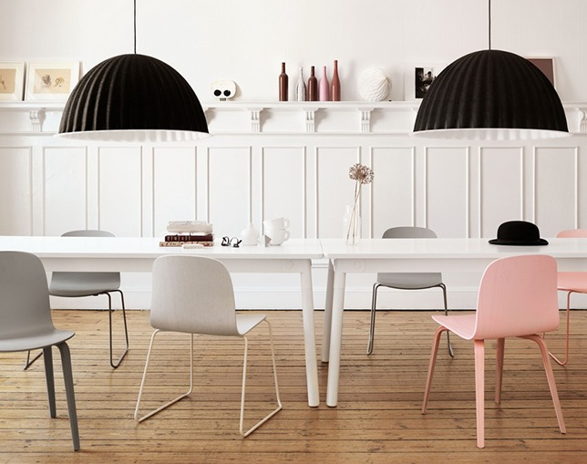 muuto VISU CHAIR Wood baseのメイン写真