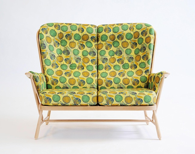 ercol 1913/2 two seater sofaのメイン写真