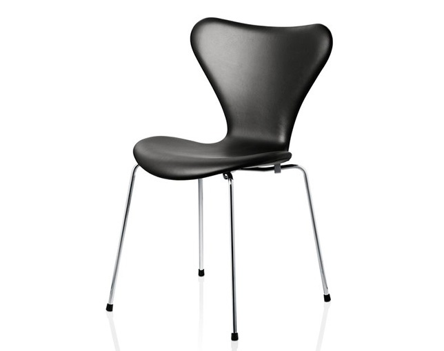 Fritz Hansen SERIES 7(FULLY UPHOLSTERED)のメイン写真