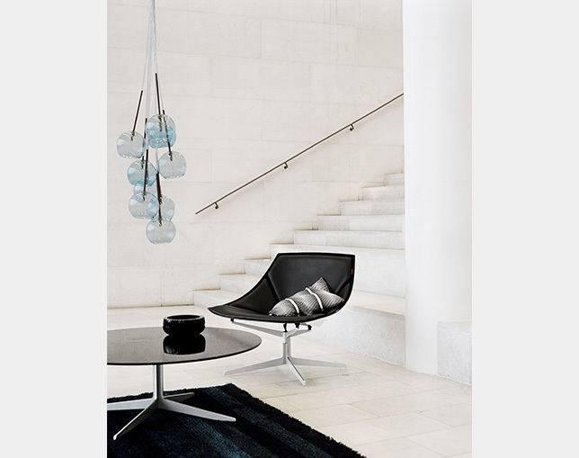 Fritz Hansen SPACE CHAIRのメイン写真