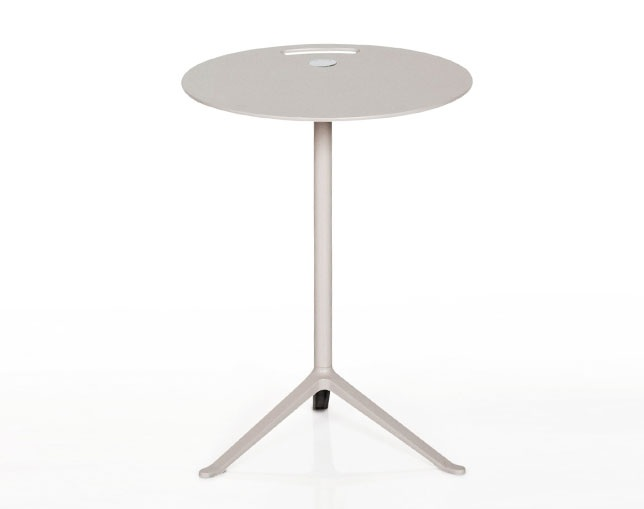 Fritz Hansen LITTE FRIEND(Fixed height)の写真