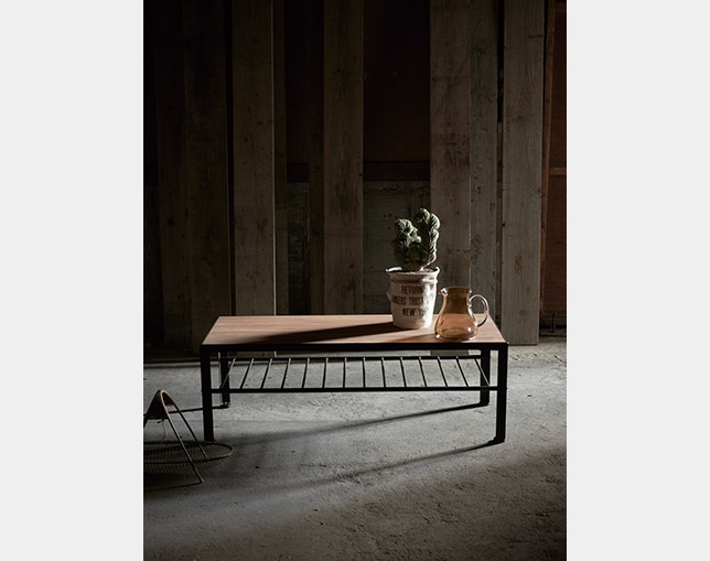 INDUSTRIAL DESIGN CHESTER living table 120のメイン写真